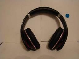 Fone de ouvido beat