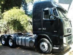 Volvo FH 520 6x4 2011 + Bitrem Graneleiro Randon