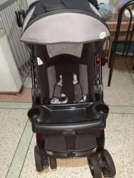 Vendo carrinho de bebê Tutti Baby Uper preto