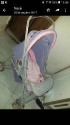 Vendo carrinho de menina cor lilaz