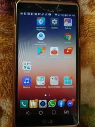 Smartphone LG tela grande 5,3