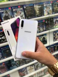 Samsung a50// impecável com caixa e garantia
