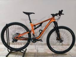 Bicicleta Full Oggi Cattura Pro XT - Estado de Zero !