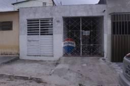 Casa com ótimo terreno à venda, 238 m² por R$ 230.000 - Heliópolis - Garanhuns/PE