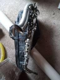 Saxofone ,  aceito troca , ou ofertas