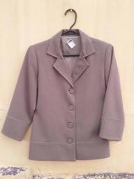 Blusa e casacos