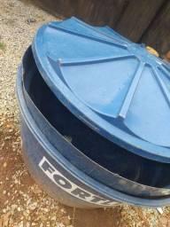 2 Caixa fortlev 500 litros