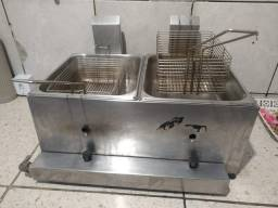 Fritadeira a gás e estufa para salgados