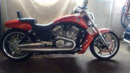 Harley Davidson V-rod muscle ano 2013