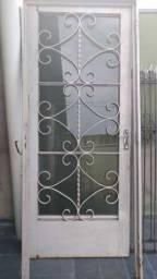 Porta de ferro completa