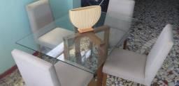 Mesa quadrada de vidro com 4 cadeiras