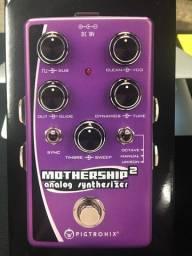VENDA OU TROCA- Pedal Pigtronix Mothership 2 - Sintetizador Analógico para Guitarra