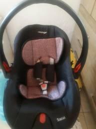 Vendo bebê conforto Voyage status