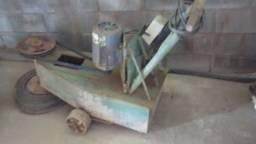 Máquina para polimento de piso
