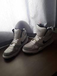 Tênis Nike Branco Jordan 1 HIGH