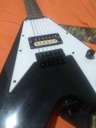 Guitarra Flyng V Washburn Paul Stanley
