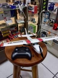 Avião com controle