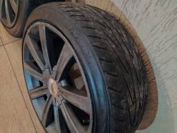 Rodas 17 Multifuros com pneus