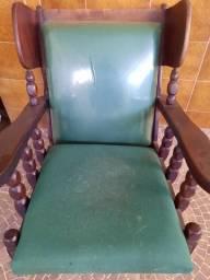 Uma cadeira de balanço colonial.