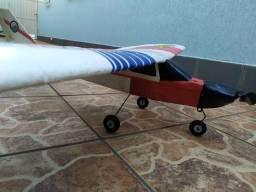 Aeromodelo eletrico com motor, esc de 40a, bateria, carregador, Sem radio