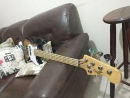 Fender standart 5 cordas