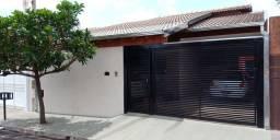 Casa linda e grande no bairro Regissol, não perca essa oportunidade!!!