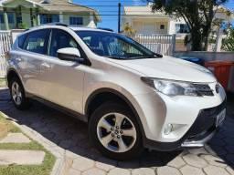 Toyota Rav4 2.0 '2015 4x4 Gasolina 4WD - Estuda troca