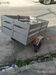 Vendo reboque moto já sinalizado