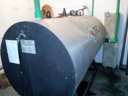 Tanque de Alta Pressão de 1.500 Litros para Água Quente - Usado