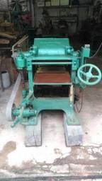 Maquinário antigo para Marcenaria + Ferramentas + Máquinas manuais