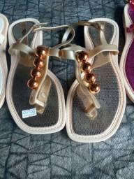 Sandálias rasteirinhas nova disponível