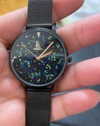 Relógio IK Colouring