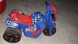 Linda motoca