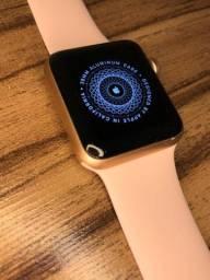 Apple Watch SÉRIE 3  - Rose 38mm
