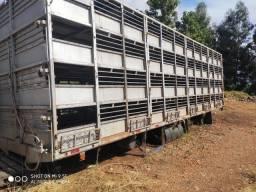 Título do anúncio: Carroceria p transporte de leitões 4 pisos com rampa