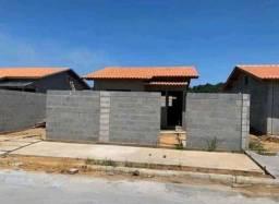 CA/ Casas de 200m² 2 quartos e 1 suíte