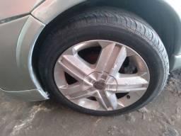 Aro 16  com pneus 195/55
