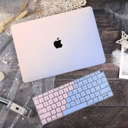 Capa macbook air 13.3 - A1466 + protetor de teclado
