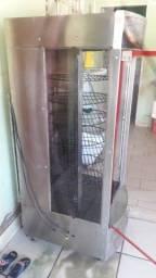 Máquina de assa frango