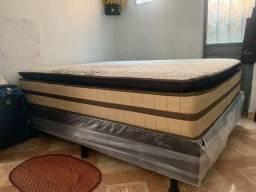 Vendo está linda cama $ 1.200,  aceito cartão