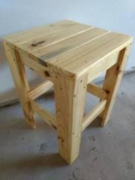 banquetas de madeira