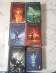 Box de Livros Percy Jackson + Livro de Brinde