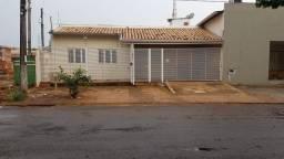 VENDA   Casa, com 3 quartos em Jardim Água Boa, Dourados