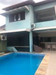 Ampla casa duplex em avenida no bairro do Renascença (