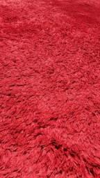 Vendo tapete vermelho cereja
