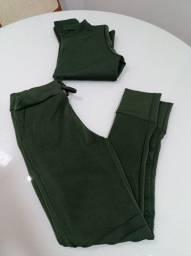 Conjunto verde militar manga longa