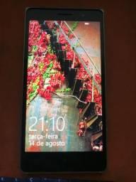 Nokia 830 = usado e com tela trincada