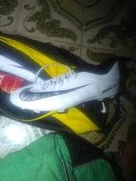 Chuteira Nike numero 42