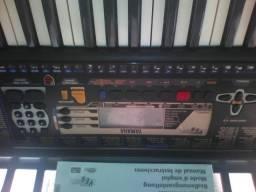 Teclado Yamaha PSR 195