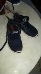 Vendo sapato tamanho 30/